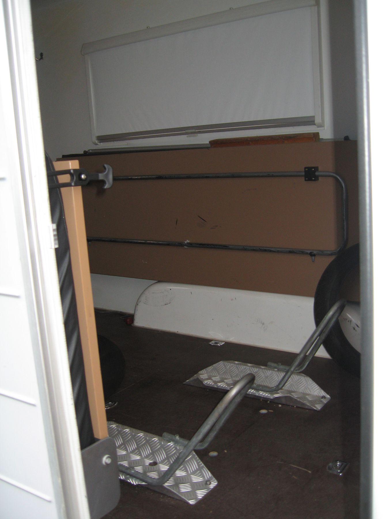 knaus camping kofferanh nger. Black Bedroom Furniture Sets. Home Design Ideas